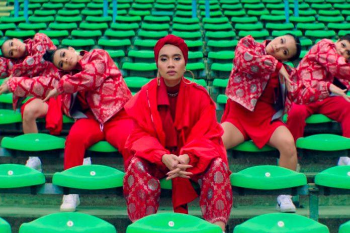 "Yuna retrata suas raízes no videoclipe de ""Forevermore"""